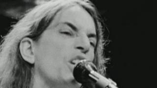 Patti Smith: Dream Of Life (Patti Says She Never Thought About Singing In A Rock And Roll Band)