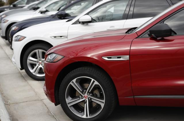 UK government puts $620 million behind Jaguar Land Rover's EV push