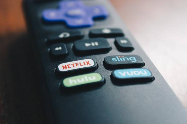 News post image: Roku Or Netflix – Which One Is Better In The Near Term?