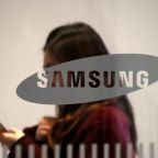 Seizing on Huawei's troubles, Samsung bets big on network gear