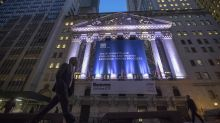 US stock indexes close mostly higher; oil recovers
