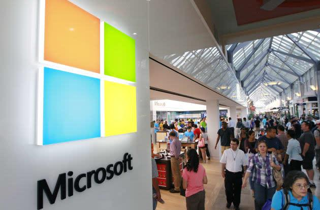 Watch Microsoft's Windows 10 keynote right here!