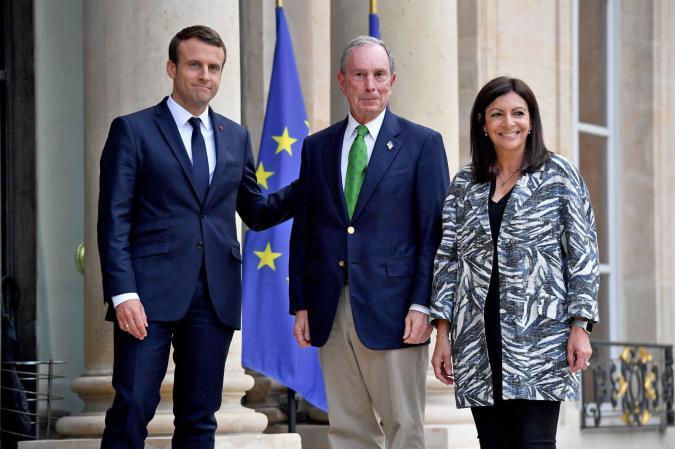 French President Emmanuel Macron, former NYC mayorMichael Bloomberg, Paris mayor Anne Hidalgo (CHRISTOPHE PETIT TESSON/AFP/Getty Images)