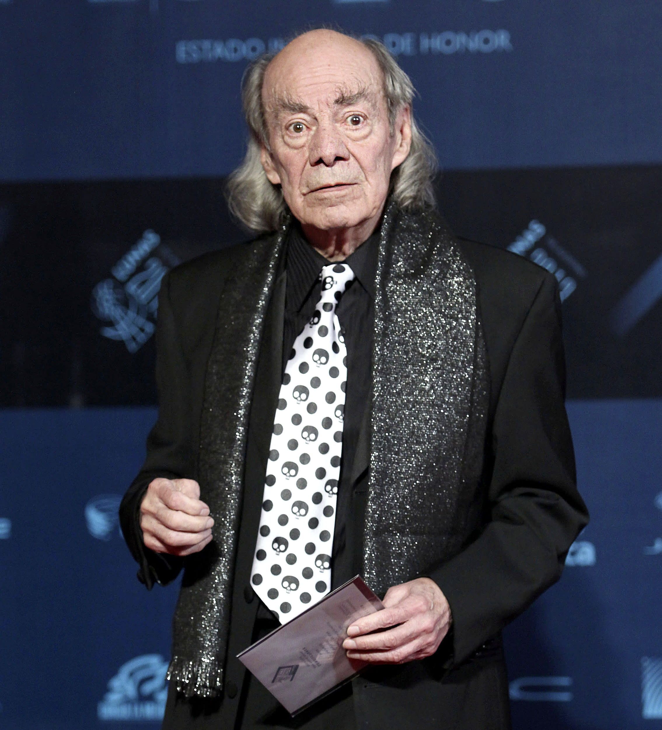 Mexican comic Manuel 'El Loco' Valdés dies at 89