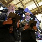 S&P 500 nudges lower as industrials drag