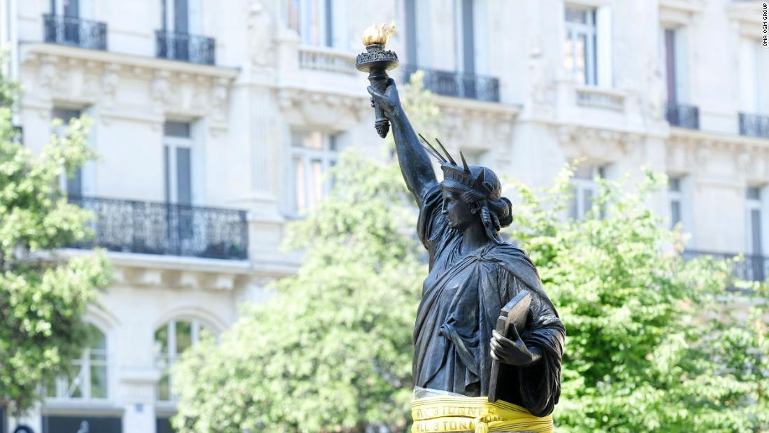New Yorkers have a surprise gift to look forward to for this Independence Day: a second Statue of Liberty sent by France. This new bronze statue, nick