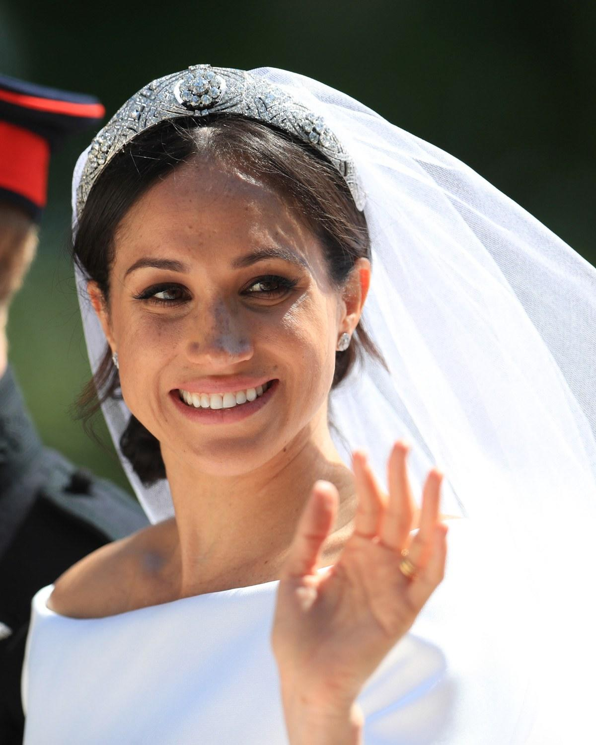 See The Gold Bracelet Meghan Markle Gave Out As Royal