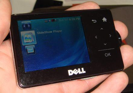 Dell's SideShow-enabled, Bluetooth sportin' MP3 player