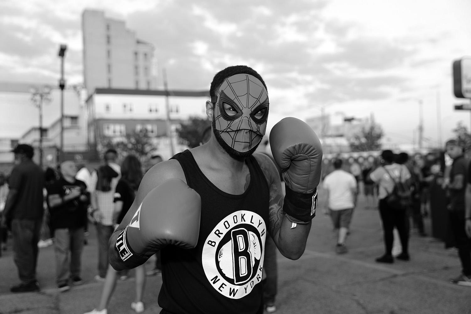 <p>An NYPD officer known as Spiderman poses before the Brooklyn Smoker in the parking lot of Gargiulo's Italian restaurant in Coney Island, Brooklyn, on Aug. 24, 2017. (Photo: Gordon Donovan/Yahoo News) </p>