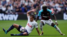 Tottenham survive late comeback to beat West Ham in London derby