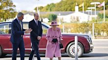 Queen Elizabeth Criticized For Not Wearing Face Mask During Public Outing
