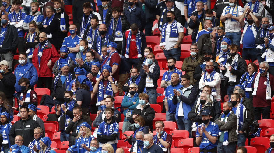 Some fans boo as players kneel at FA Cup final