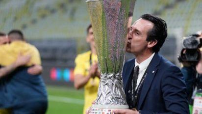 Unai Emery celebra conquista do Villarreal na Liga Europa: 'Merecemos vencer'