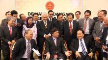 Ex-Sarawak minister reveals PBB membership, hopes to contest GE14