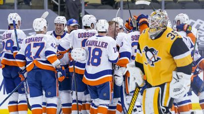 Palmieri delivers for Islanders in OT
