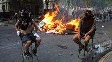 """Chilenos cumplen 50 días de protestas: """"La presión a Piñera no puede parar"""""""