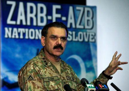 Lieutenant General Asim Bajwa, the military's top spokesman speaks during a news conference in Rawalpindi, Pakistan, September 1, 2016. REUTERS/Faisal Mahmood
