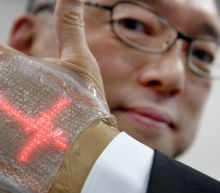 Palmreaders? Japan team builds second skin message display