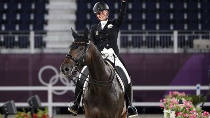 Can music really make dressage cool?