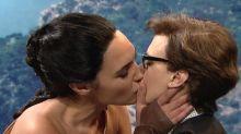 'SNL': Gal Gadot has a Wonder-ful kiss, mocks E!'s braindead programming