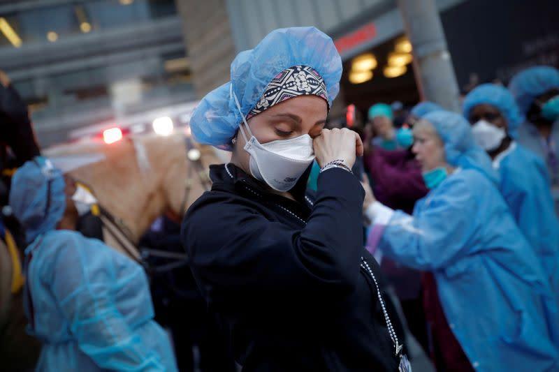 Global coronavirus cases exceed 2.5M