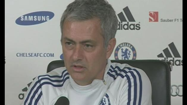 Mourinho says Chelsea are the title outsiders