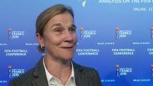 Women's World Cup winner Ellis ponders switch to men's game