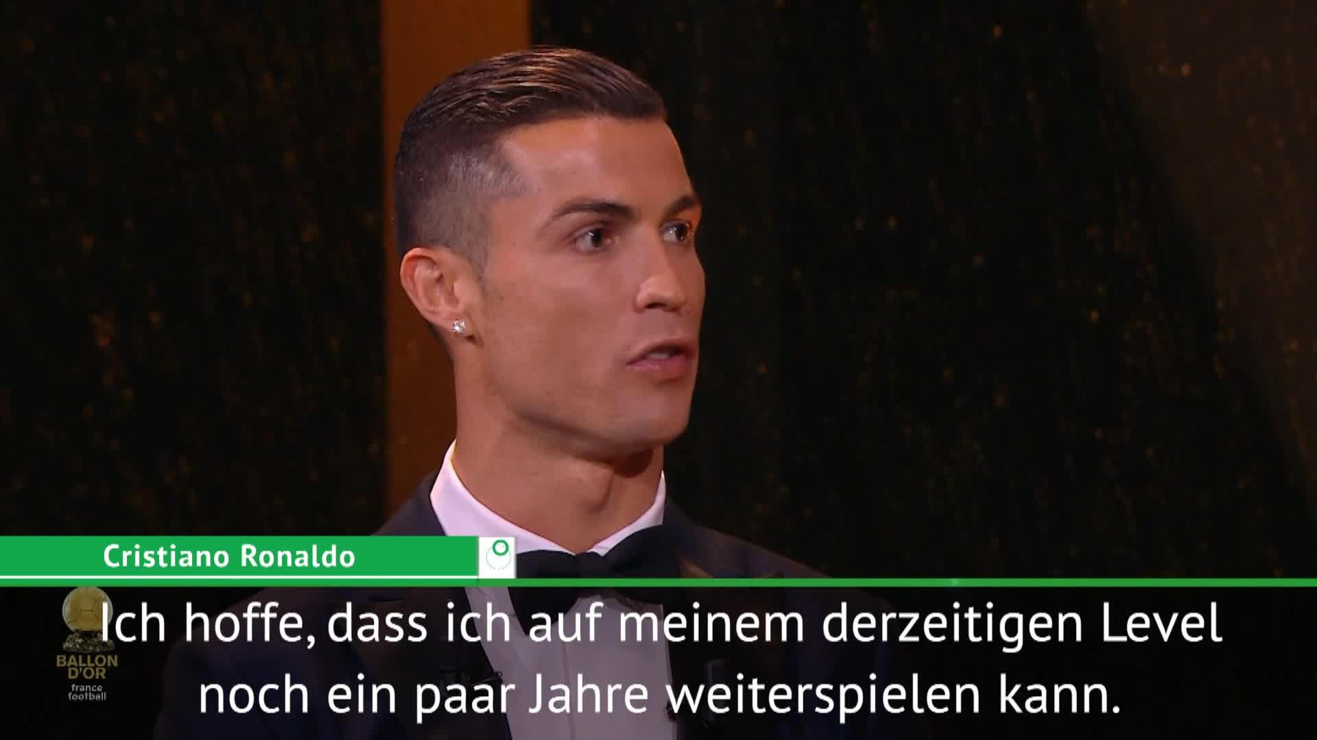 cristiano ronaldo zu messi kampf geht weiter video. Black Bedroom Furniture Sets. Home Design Ideas