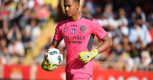 Foot - L1 - Toulouse - Alban Lafont (Toulouse) : «C'est moi le responsable» de la défaite contre Monaco