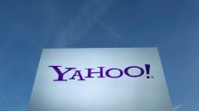 Yahoo down for six hours, users vent out on Twitter