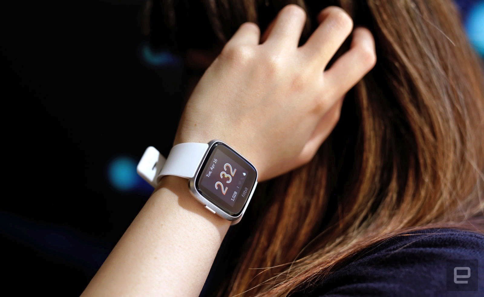 Fitbit Versa Lite review: The basics aren't enough | Engadget