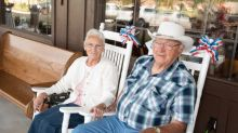 Couple Completes 40-Year Quest to Visit All 645 Cracker Barrel Locations