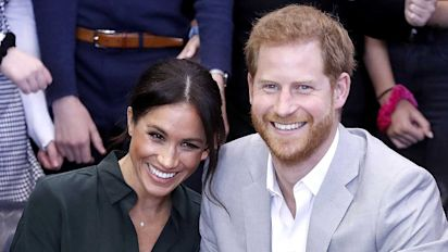 Meghan and Prince Harry expecting first child