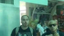 Carlos Bolsonaro usa camiseta de Martin Luther King, e a internet não perdoa