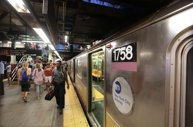 All New York City underground subway stations now have WiFi