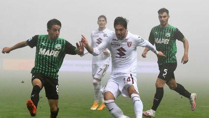 Sassuolo-Torino: 3-3 show nella nebbia