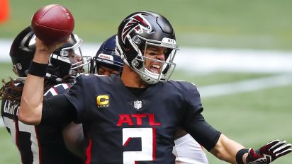 Falcons flop again, blow huge lead to Bears