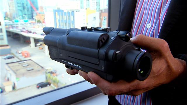 High-tech rifle lets shooters hit a target 1000 yards away