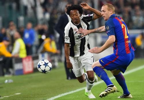 Juventus, Cuadrado è diffidato: a Barcellona può andare in panchina