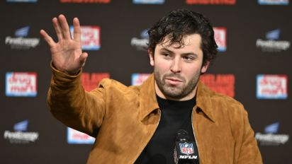 Baker Mayfield remains committed to kneeling