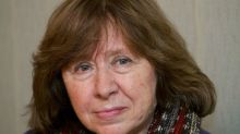 Biélorussie : la prix Nobel Svetlana Alexievitch quitte le pays pour l'Allemagne