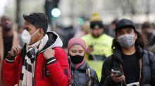 Inmunidad de grupo: La polémica estrategia de permitir el contagio de millones para inmunizar a los británicos del coronavirus