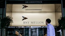 BNY Mellon Tumbles Most Since 2015; CEO Warns of Yield-Curve Woe