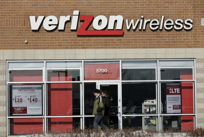Verizon increases the price of unlimited data plans by $20 a month