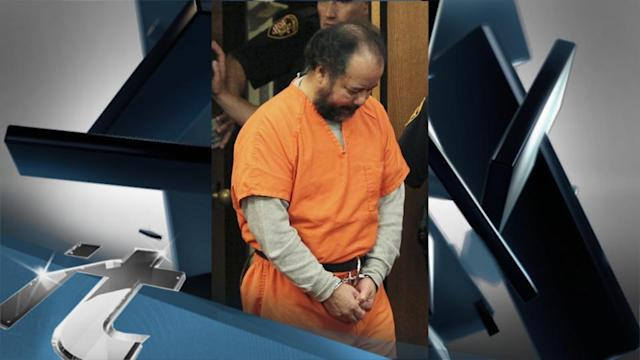 Domestic Breaking News: Prosecutors Offer Plea Deal to Accused Cleveland Kidnapper