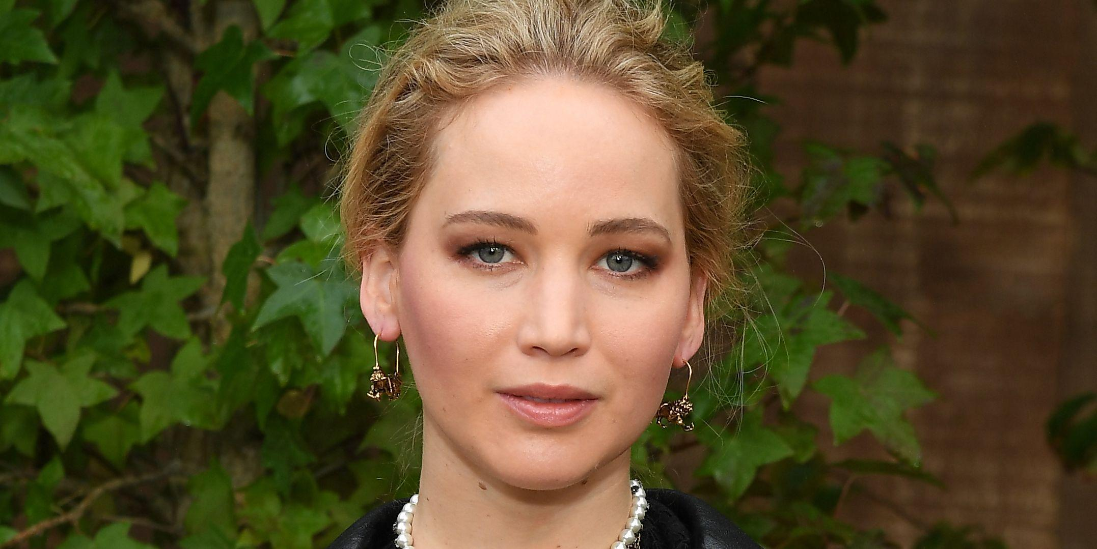 Jennifer Lawrence Goes Public On Twitter For The First ...
