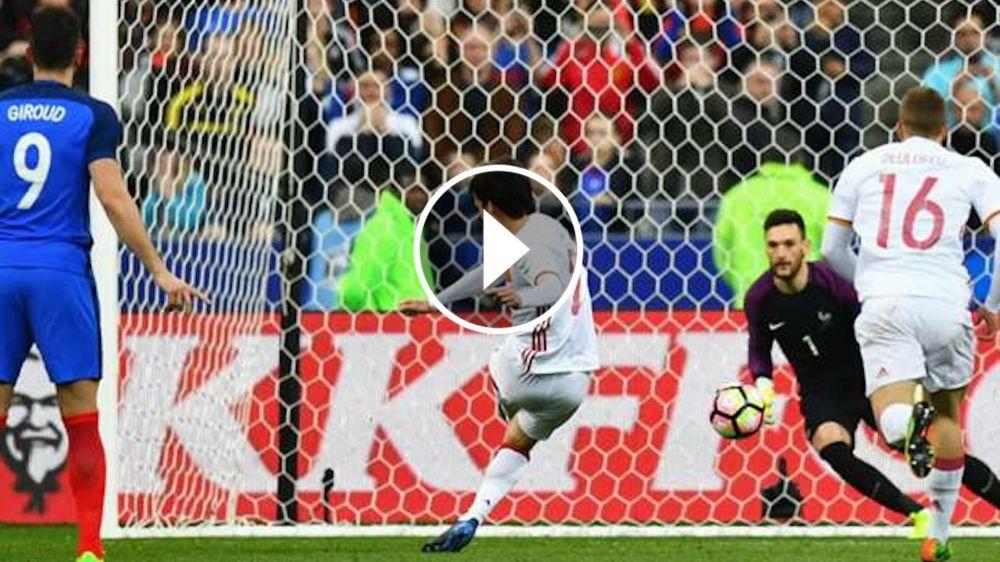 VÍDEO: Lloris ignoró la acertada predicción de Giroud al penalti de Silva