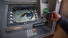 Banques: les plans sociaux se multiplient