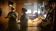Malgré le Covid-19, ces infirmiers restent à l'hôpital public, coûte que coûte