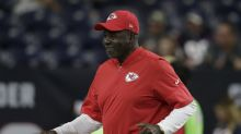 Hall of Famer and Chiefs DB coach Emmitt Thomas retires after 51 years in the NFL